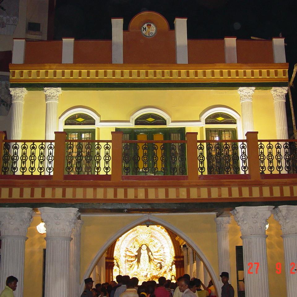 Mudiali Club Durga Puja 2006 010